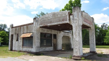 Abandoned service station, Route 321 South Carolina