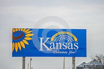 welcome-kansas-state sign